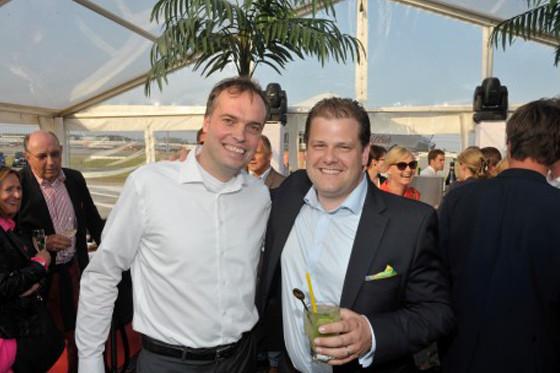 AIR HAMBURG feiert brasilianische Party für neuen Luxus-Jet
